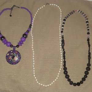 Jewelry - 3 Assorted Necklaces